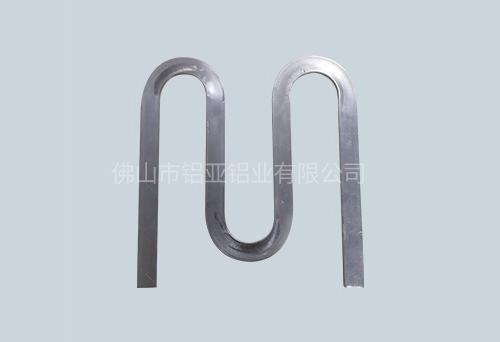 拉弯铝型材