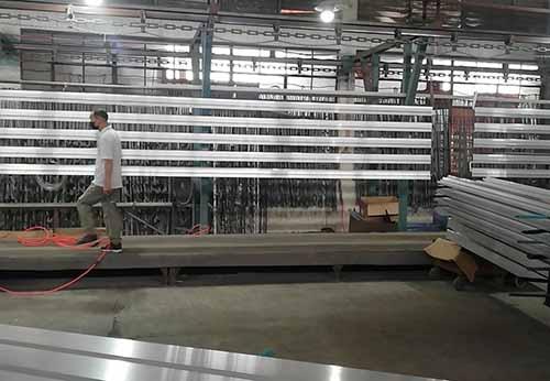 流动的铝材厂家